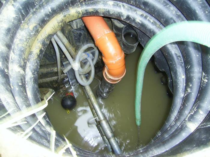 canalisation refoulement eaux usees Ares 33740